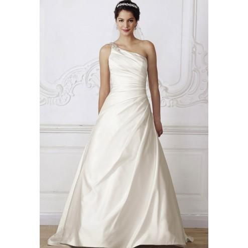 Wedding dress 3258 by Lilly Bridal Denmark