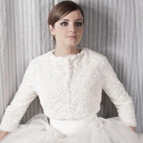 Fur wedding jacket by NOVIAS