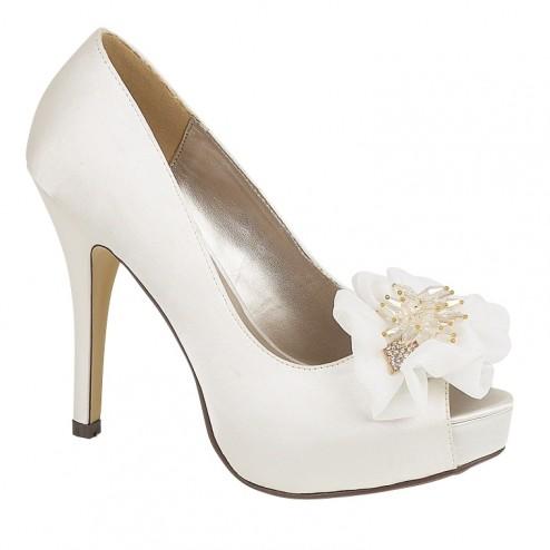 Roma Shoes by Casandra