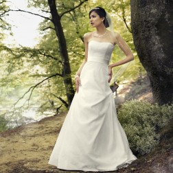Wedding dress by Lilly Bridal Denmark3198