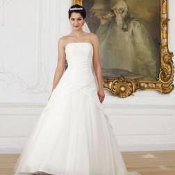 Wedding dress 3265 by Lilly Bridal Denmark