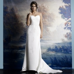 Wedding dress 3500 by Lilly Bridal Denmark