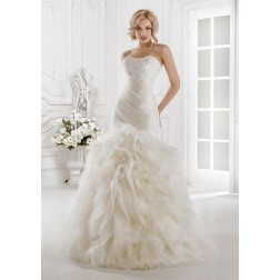 Taylor Wedding Dress by AllenRich