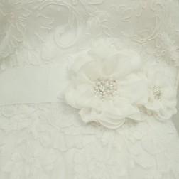 Пояс цветок от Lilly Bridal Denmark