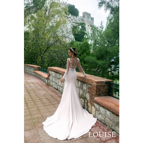 Blanche by Louise Sposa